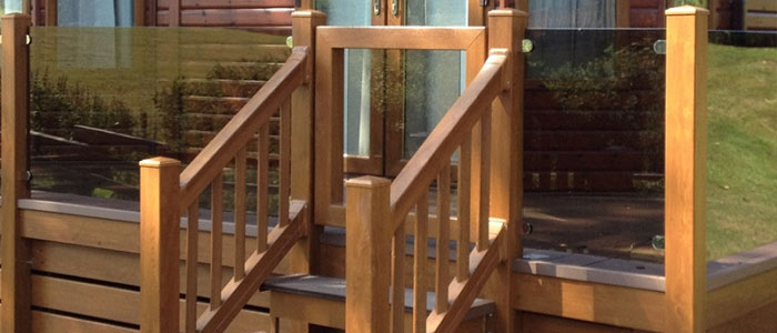 Foiled Oak UPVC Bronze Anti Sun Glass - Glass Gate Balustrade