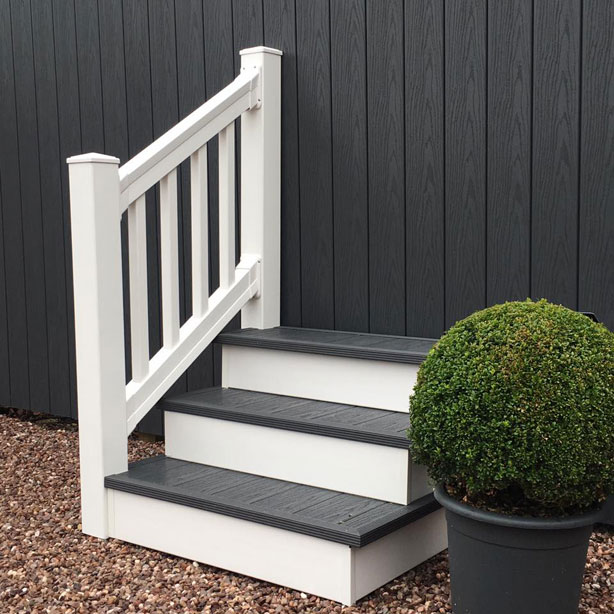 Timber Framed Free Standing Steps